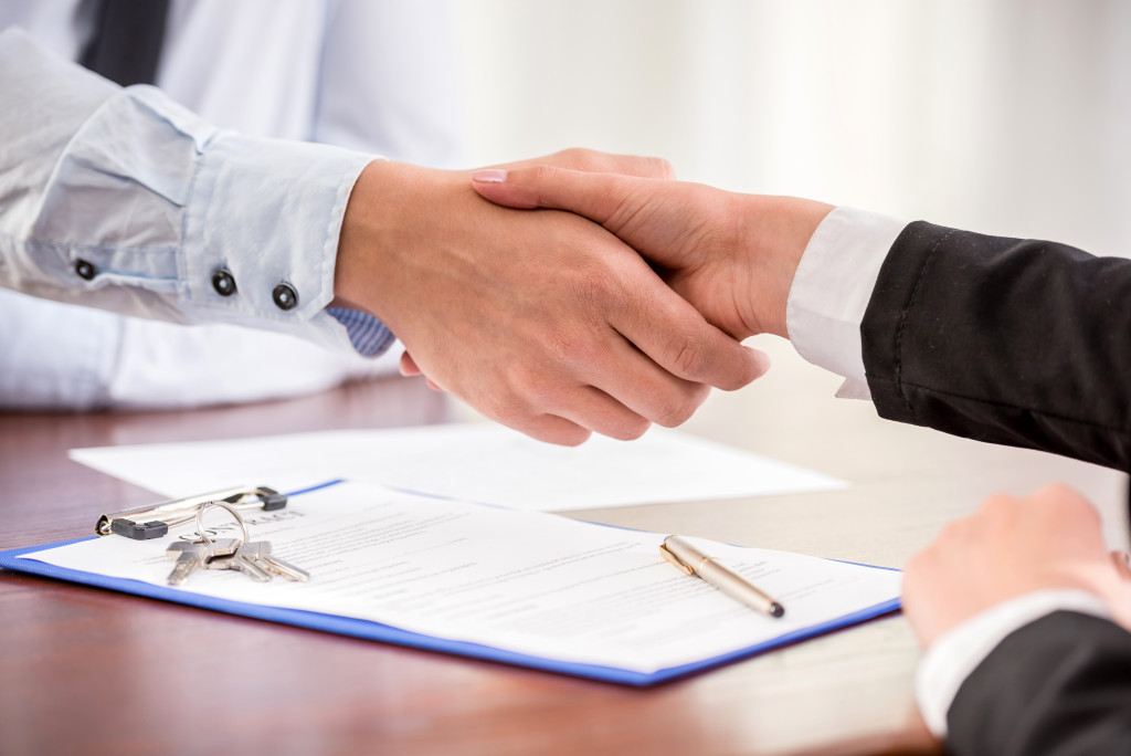 Handshake of an agent and a client.